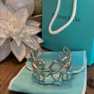 Tiffany & Co hibiscus flower cuff bangle bracelet
